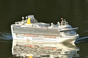 Ventura, Cruise Ship