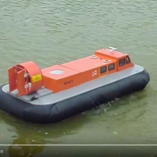 Peter Bryant - Griffin 2000 Hovercraft