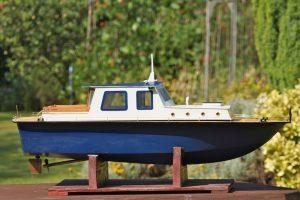 Cabin Cruiser - Arthur Shannon