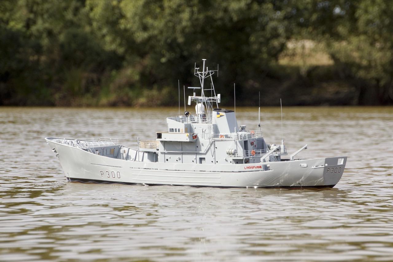 HMS Lindisfarne - David Reith