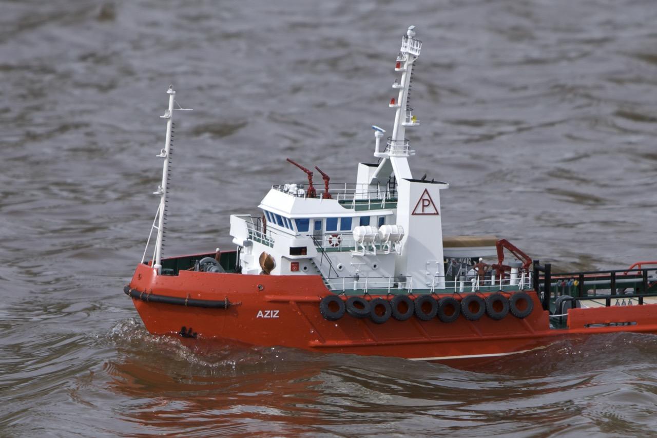 Aziz, Anchor handling vessel