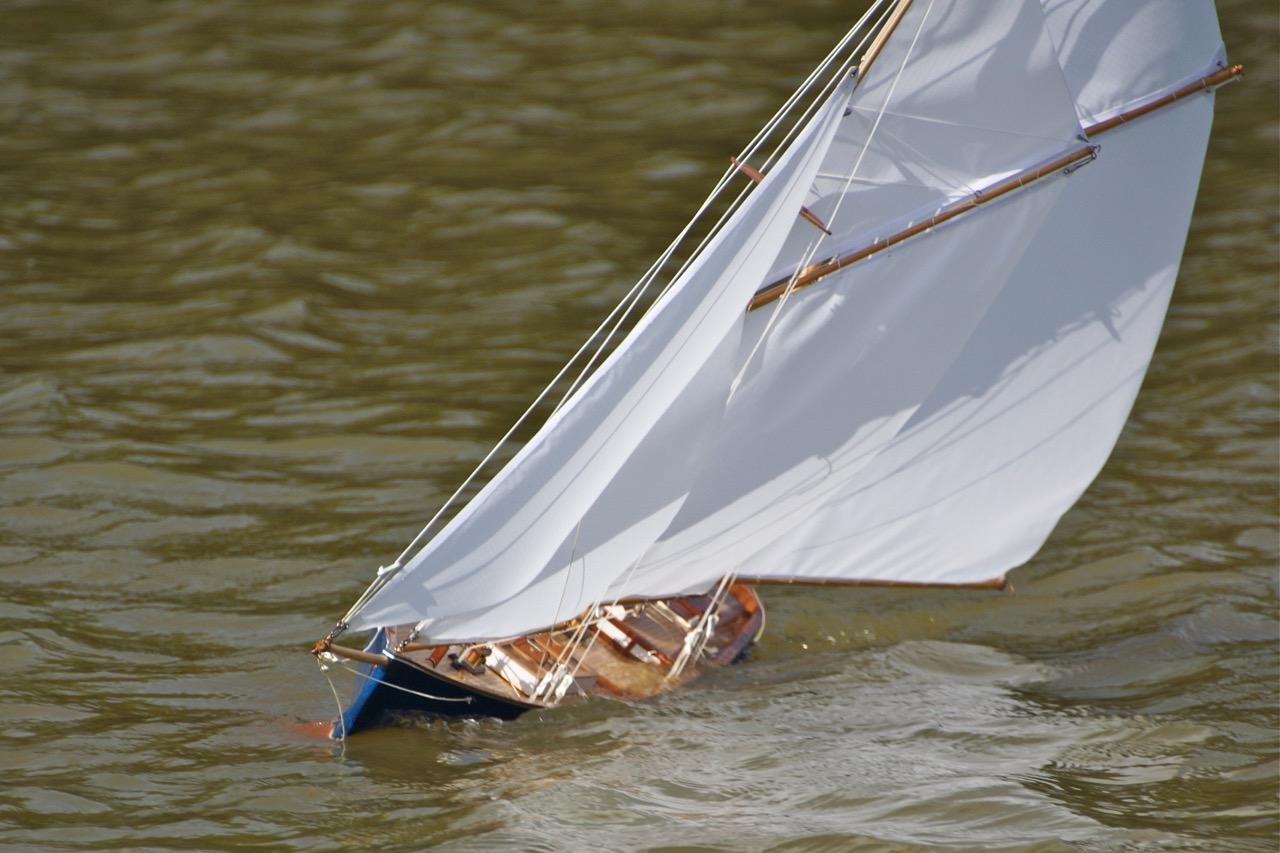 Bantuzi, Grand Banks schooner
