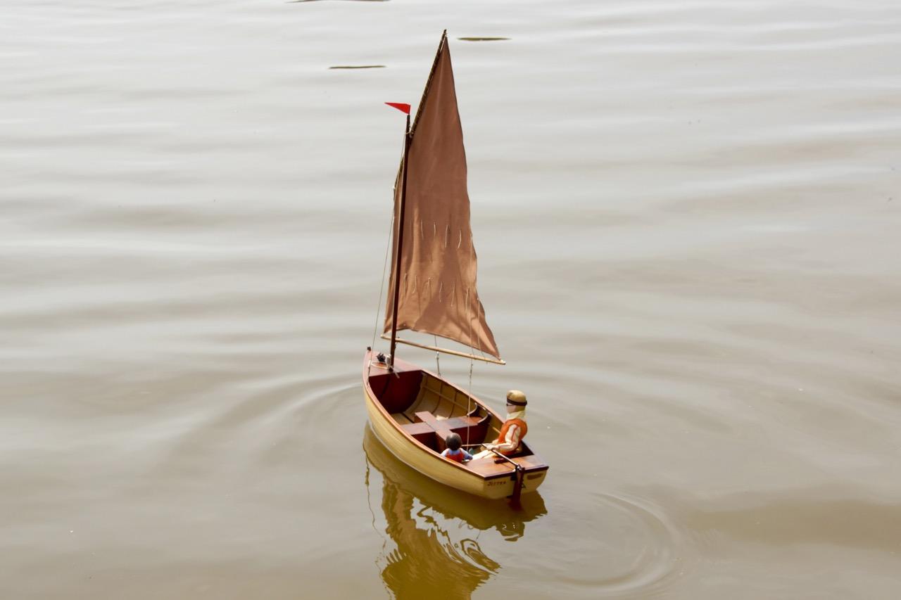Jester, lug sail dinghy