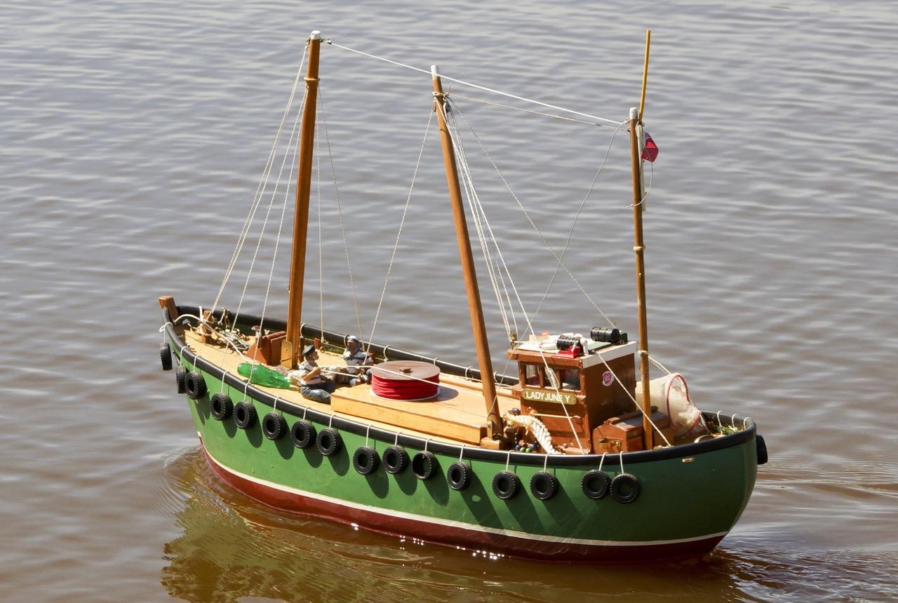 Scottish Trawler - Roger Yeatman