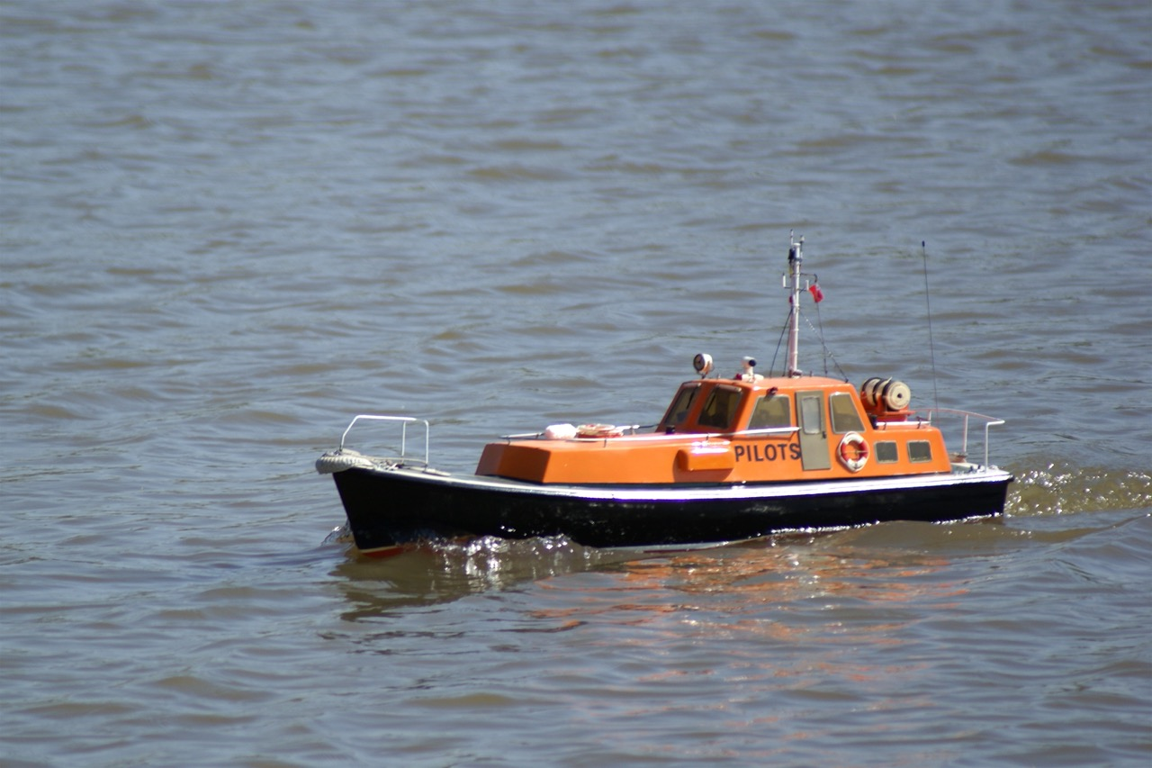 Poole Pilot boat - Roger Yeatman