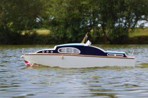 Seafarer, classic cabin cruiser