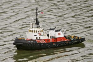 Flying Kestrel, tug