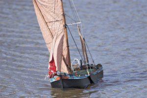 Thames sailing barge;