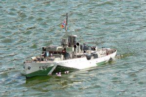 HMCS Snowberry - Ray Hellicar