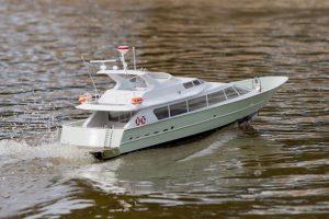 Lady Alwyn, motor yacht