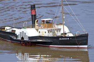 PS Glasgow, paddle tug; model: Ernest Weller.